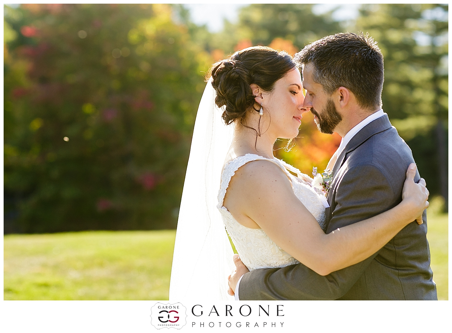 North Conway New Hampshire Fall Wedding Photography Red Roof Inn Amy and Nick023