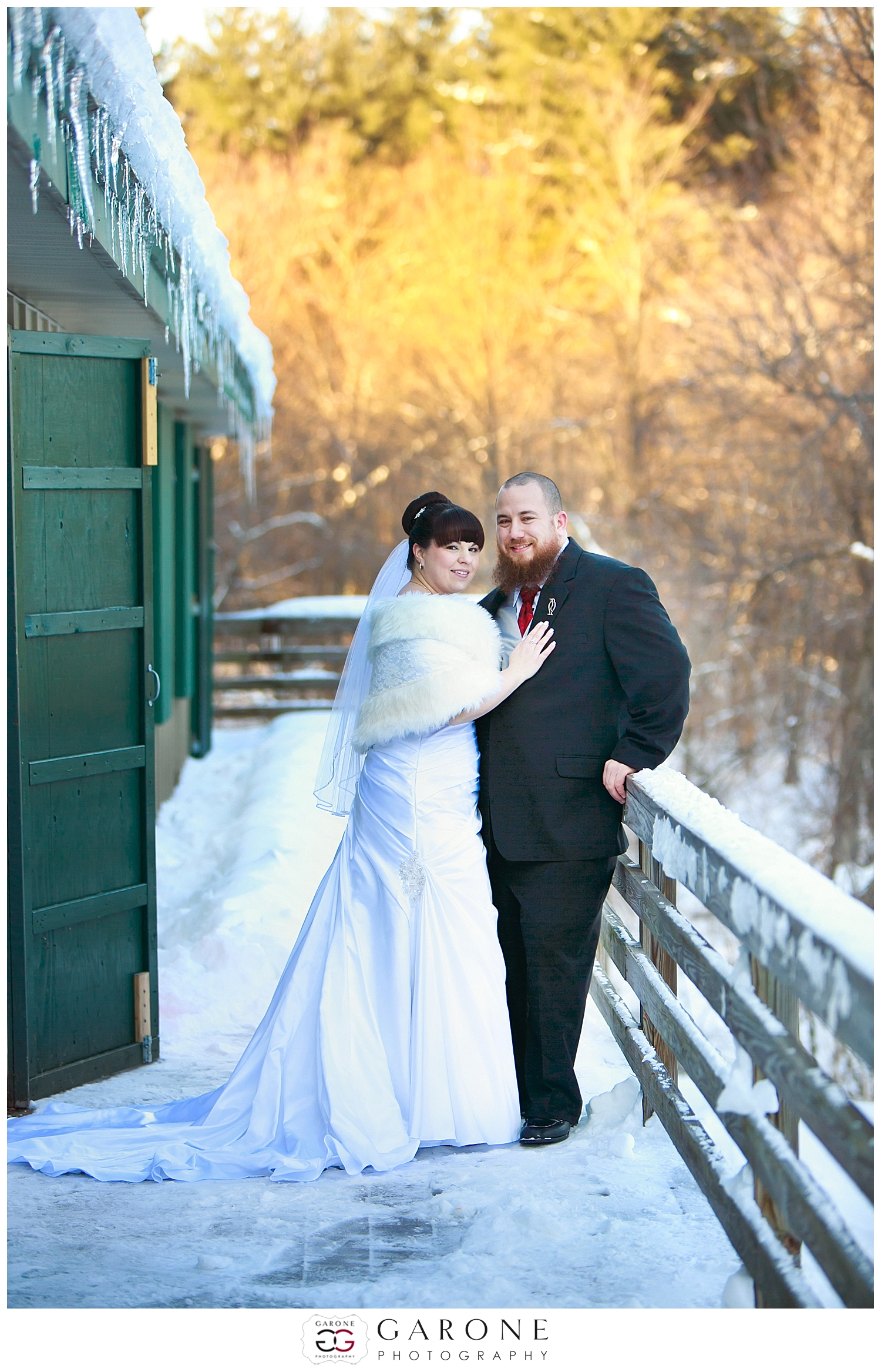 NewHampshire_winter_wedding_snow_Guay_Arcoite001
