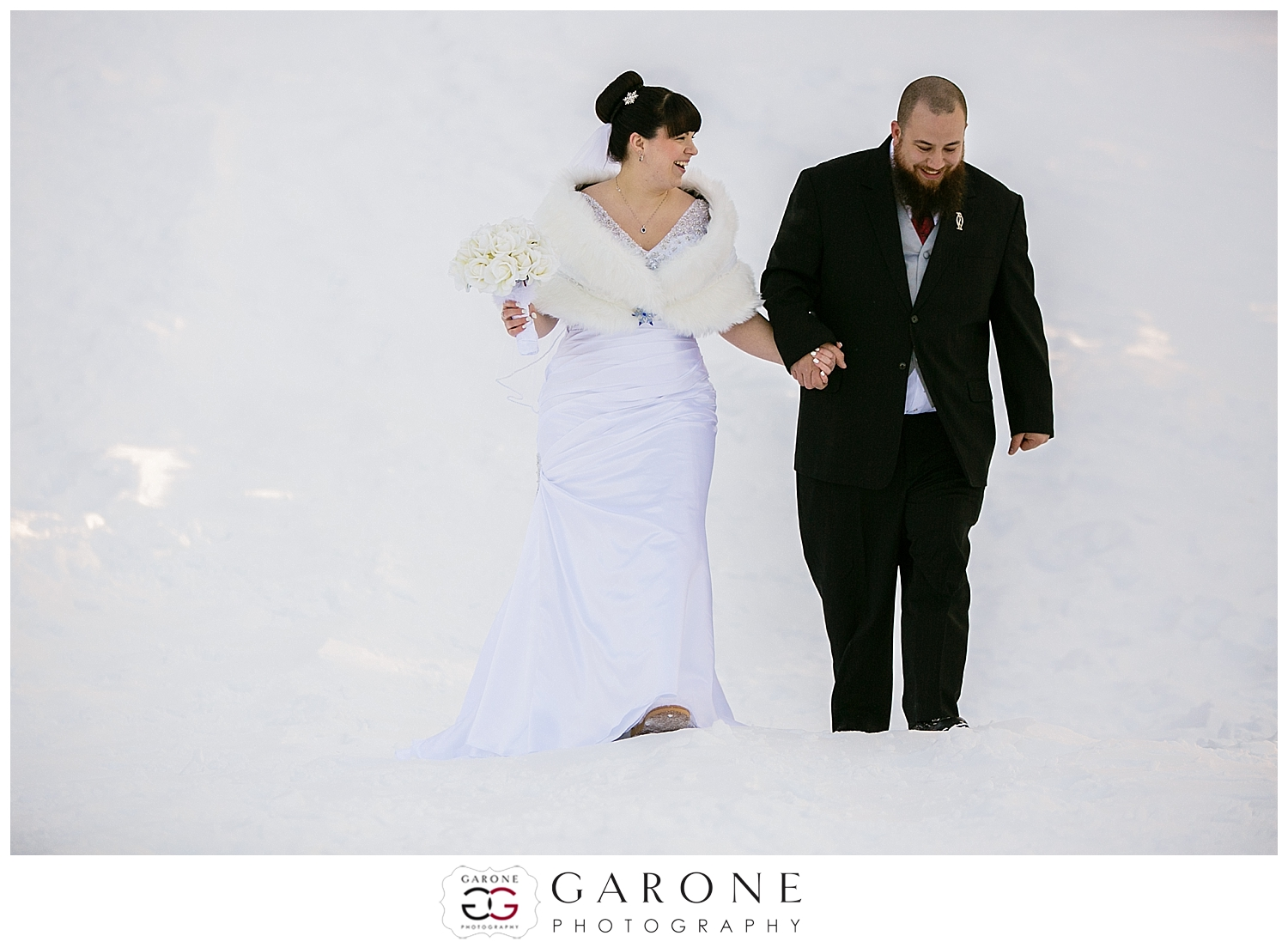 NewHampshire_winter_wedding_snow_Guay_Arcoite009