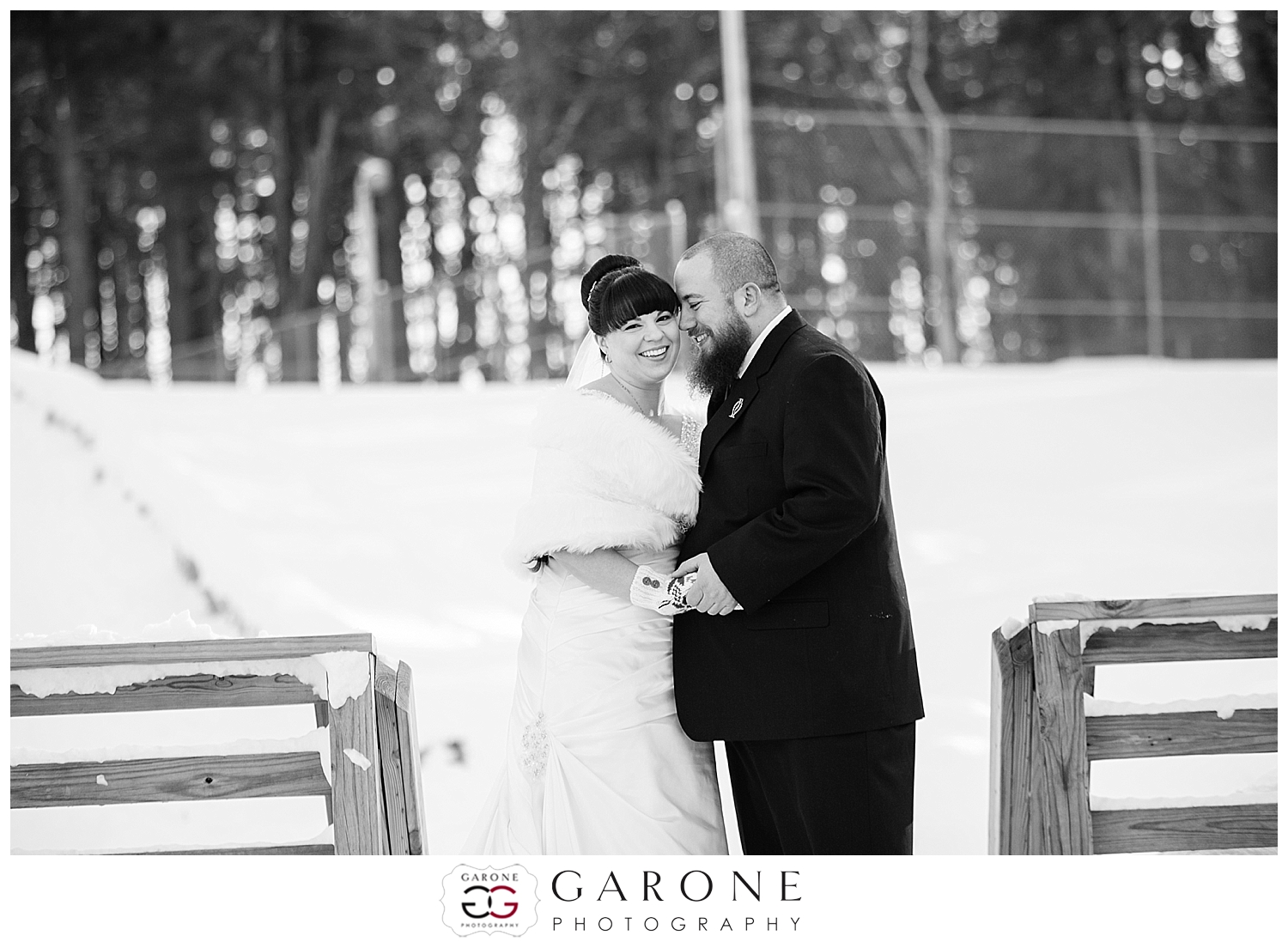 NewHampshire_winter_wedding_snow_Guay_Arcoite010