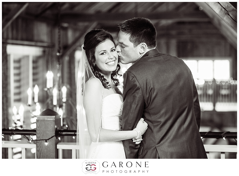 Barn_at_Gibbet_Hill_wedding_Teggart_Callaghan001