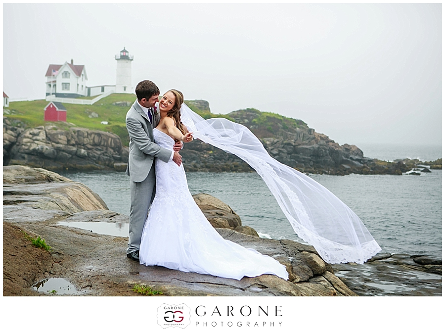 Kaydi_Bryan_Union_bluff_meeting_house_yourk_maine_wedding_nubble_light_0009.jpg