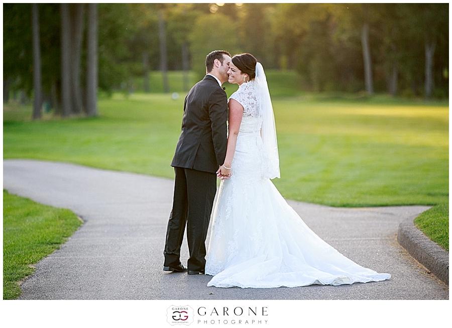 Ashley_jared_Manchester_country_club_NH_wedding_Photography_0025.jpg