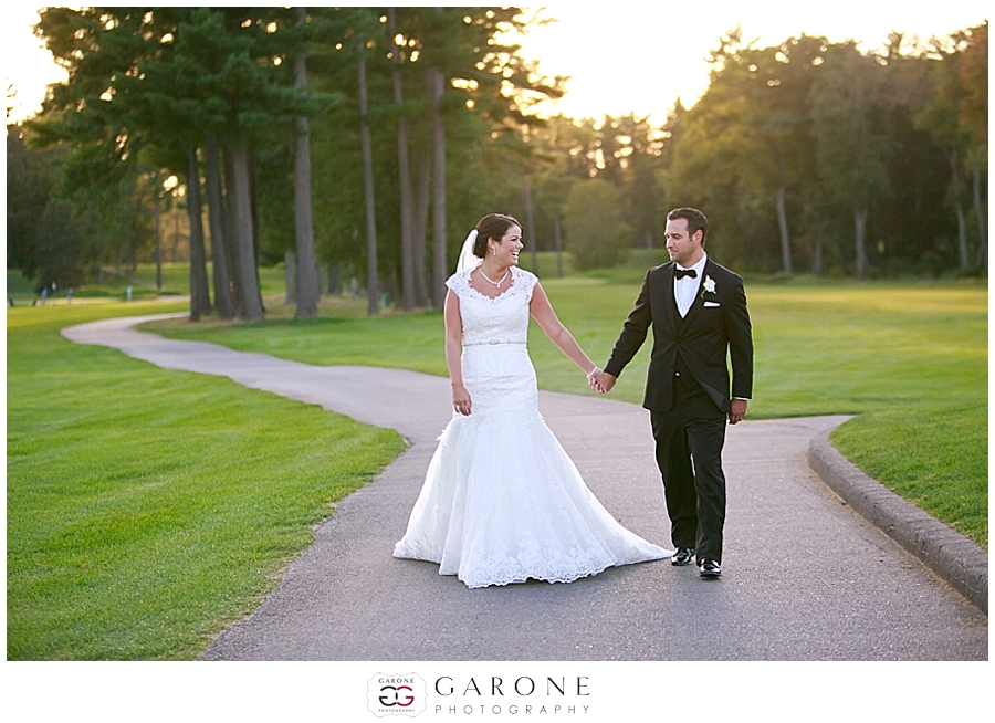 Ashley_jared_Manchester_country_club_NH_wedding_Photography_0027.jpg