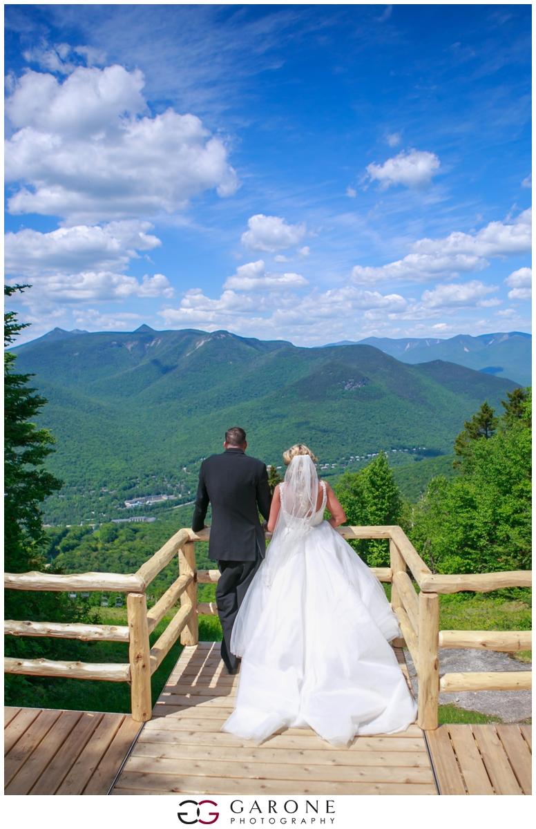 Chynna_Zac_Loon_Mountain_wedding_NH_Wedding_White_Mountian_wedding_Mountain_top_wedding_0008.jpg
