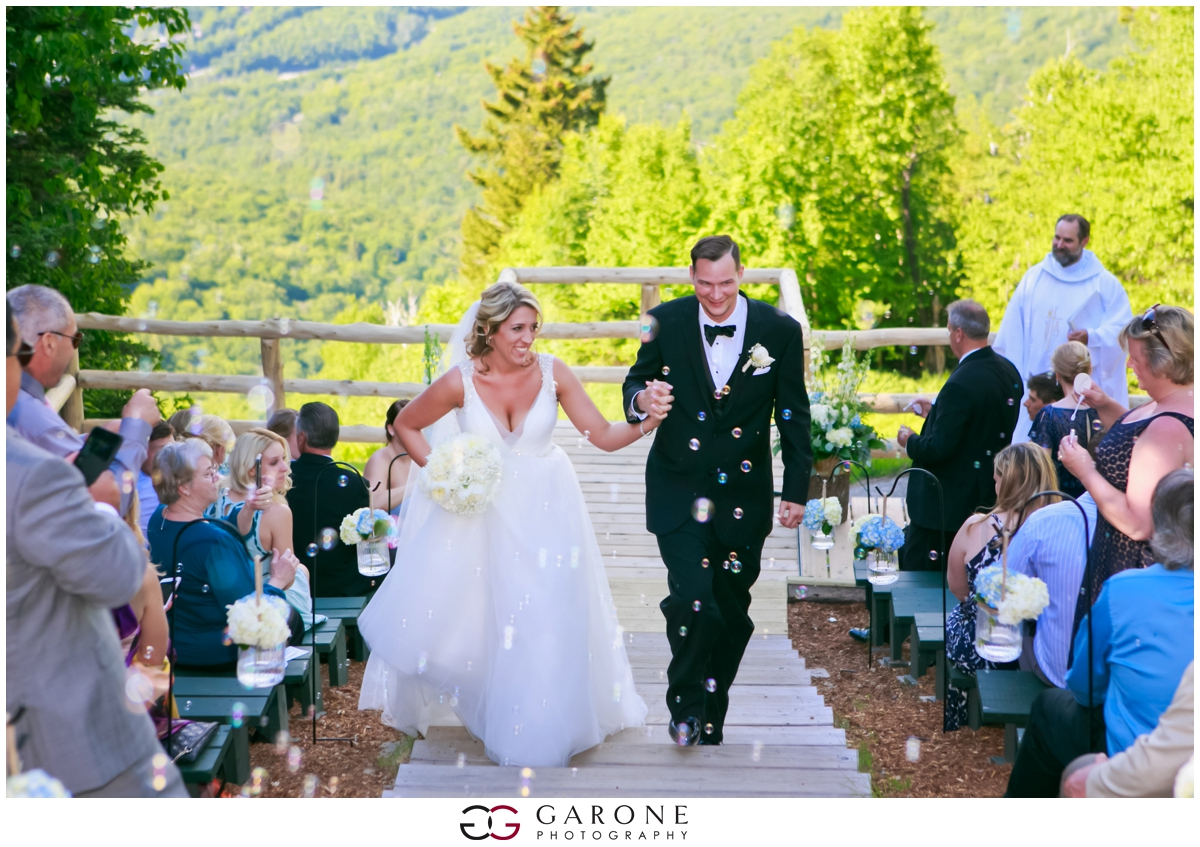 Chynna_Zac_Loon_Mountain_wedding_NH_Wedding_White_Mountian_wedding_Mountain_top_wedding_0011.jpg