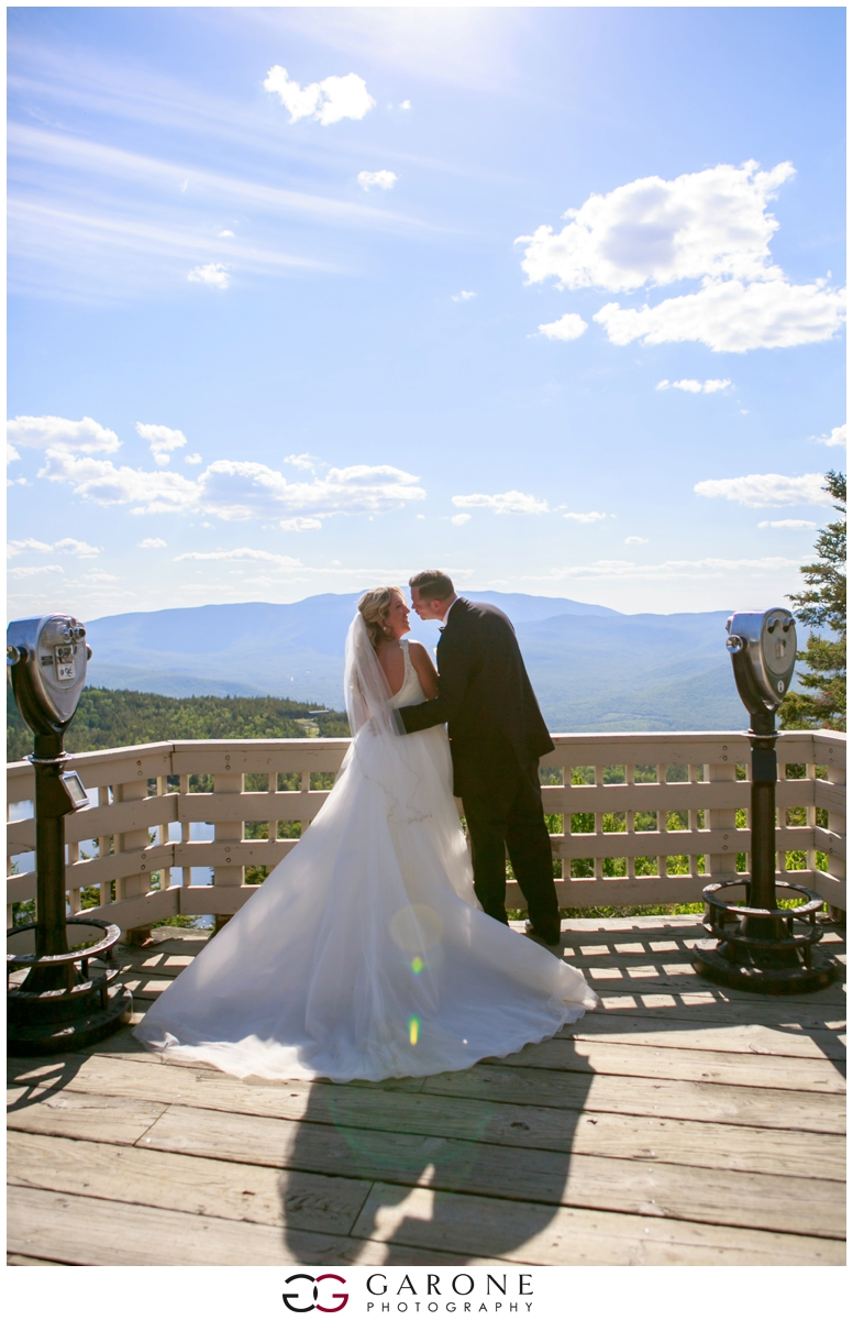 Chynna_Zac_Loon_Mountain_wedding_NH_Wedding_White_Mountian_wedding_Mountain_top_wedding_0012.jpg