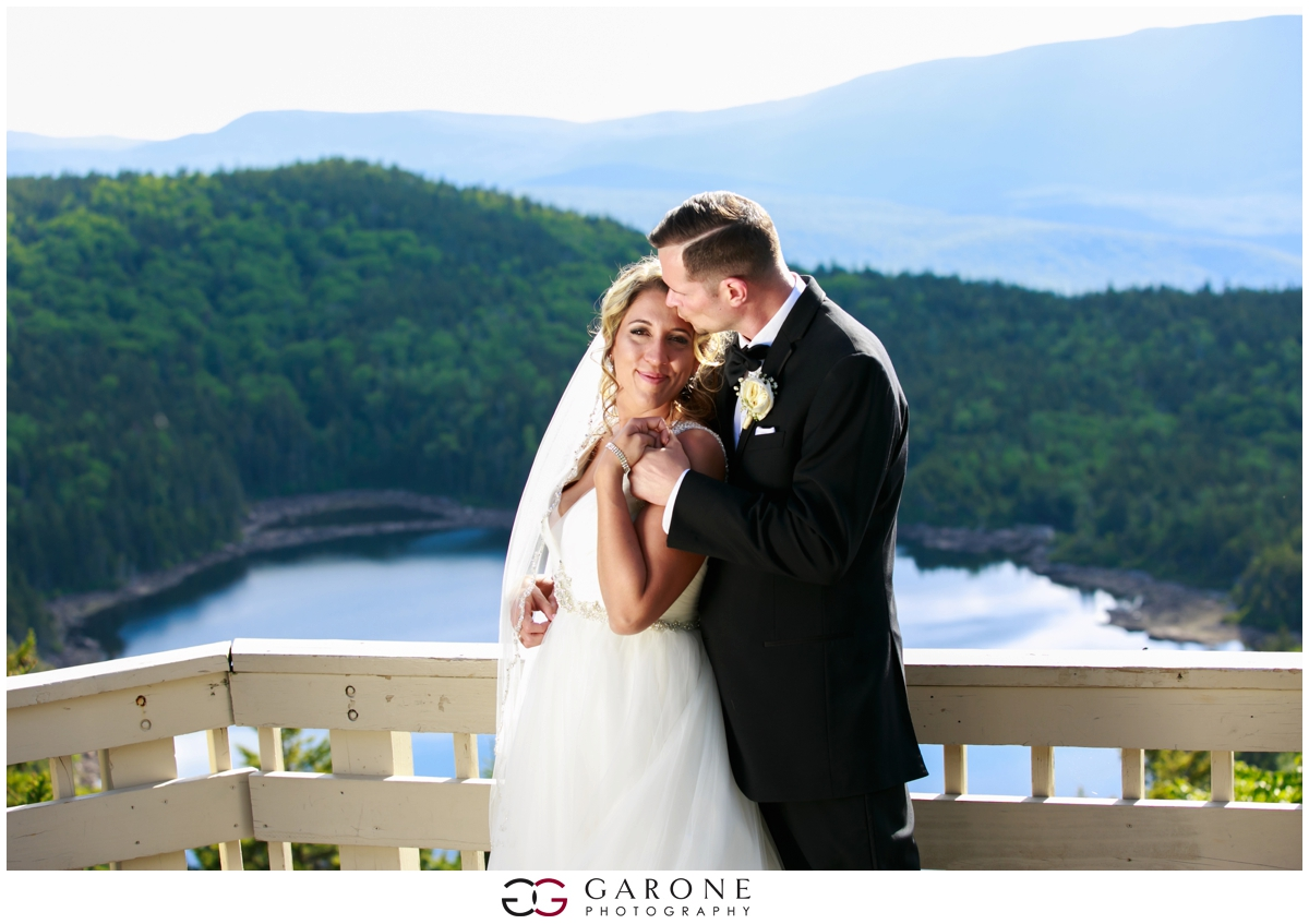 Chynna_Zac_Loon_Mountain_wedding_NH_Wedding_White_Mountian_wedding_Mountain_top_wedding_0015.jpg