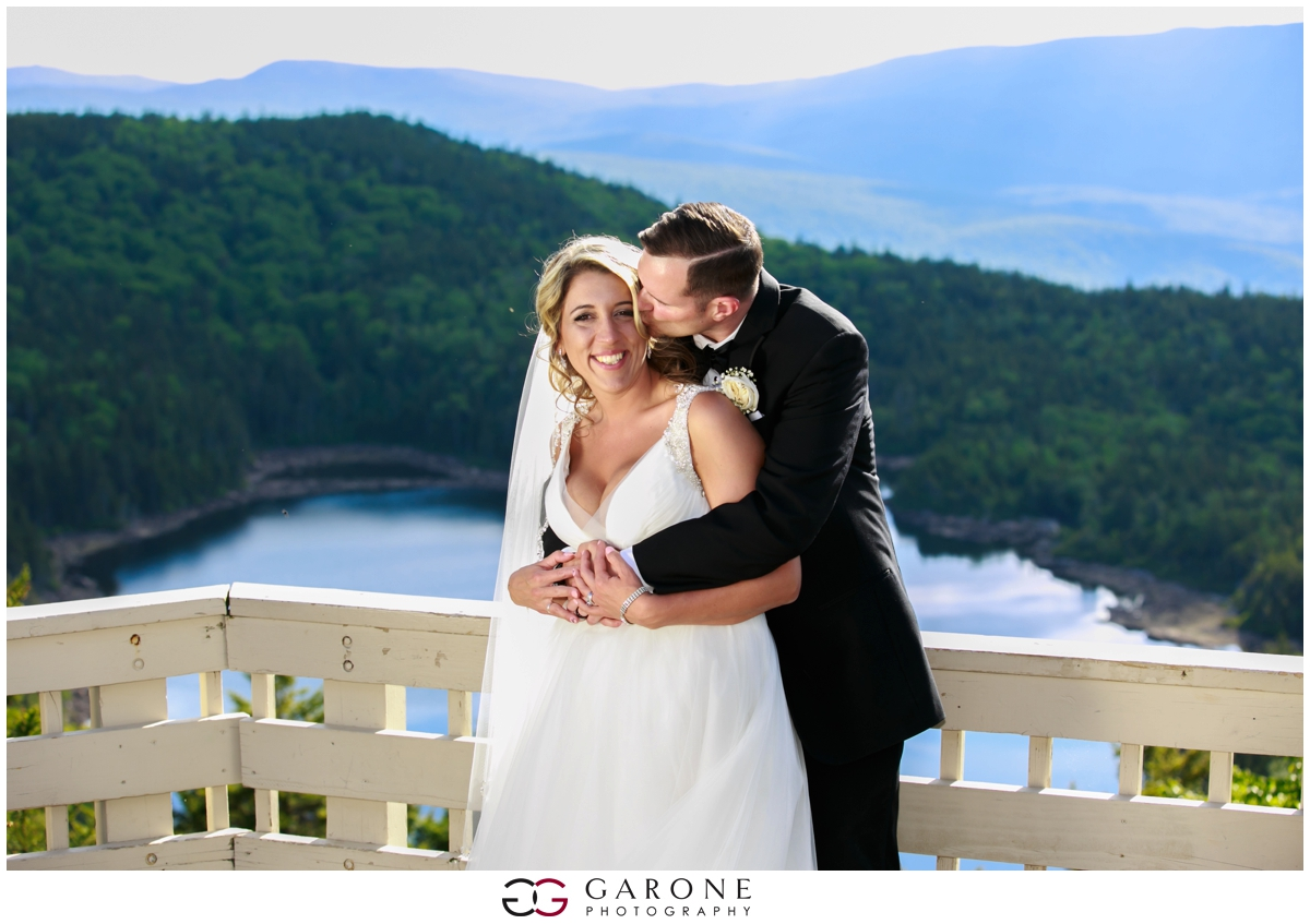 Chynna_Zac_Loon_Mountain_wedding_NH_Wedding_White_Mountian_wedding_Mountain_top_wedding_0016.jpg