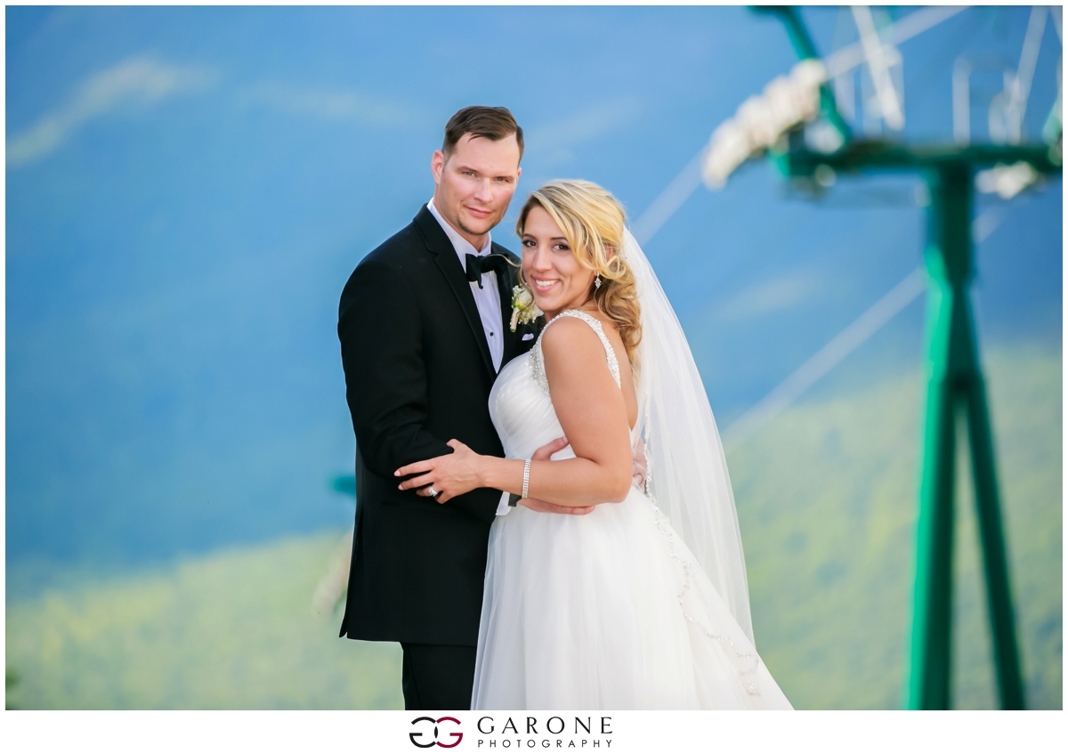 Chynna_Zac_Loon_Mountain_wedding_NH_Wedding_White_Mountian_wedding_Mountain_top_wedding_0018.jpg