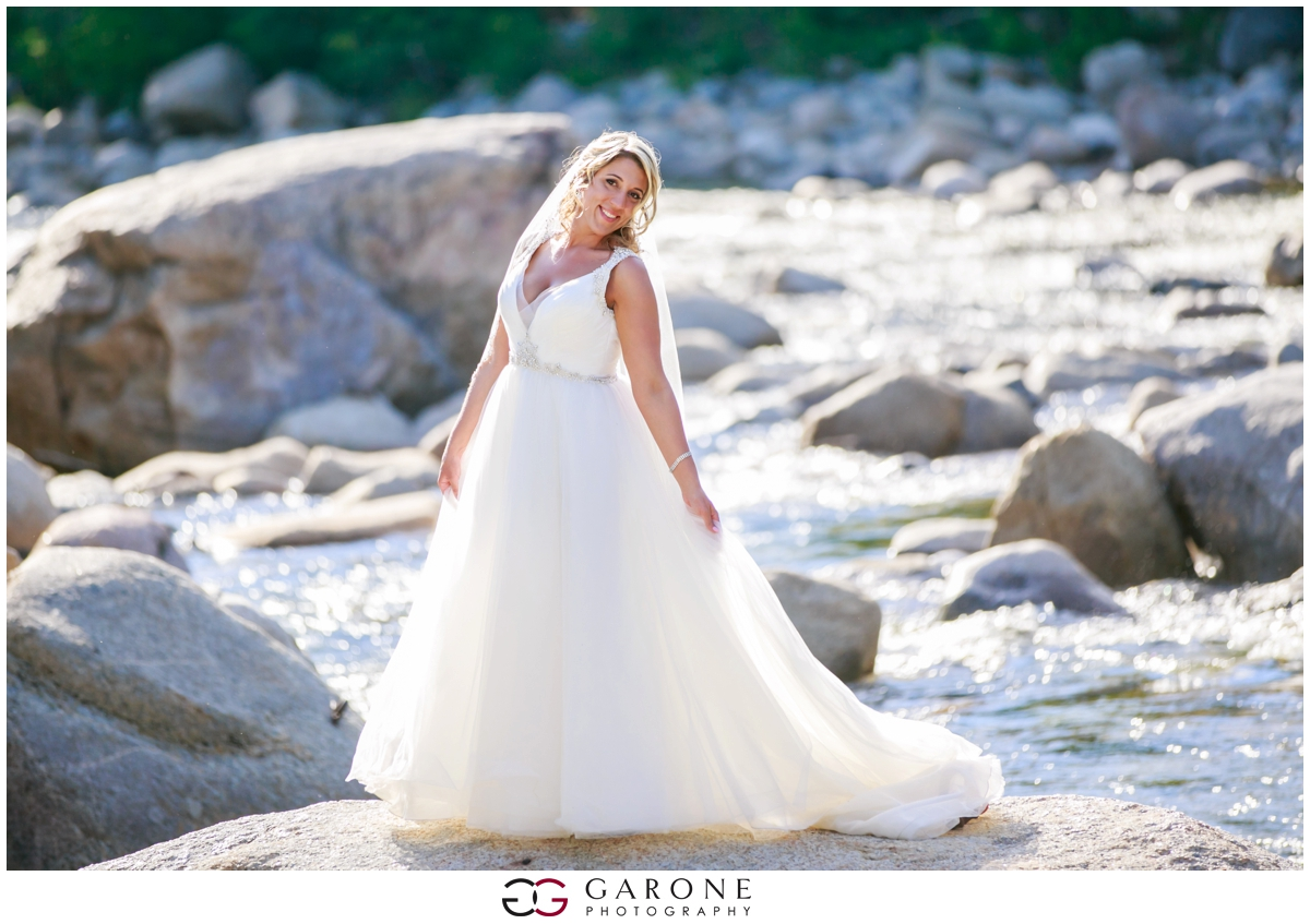 Chynna_Zac_Loon_Mountain_wedding_NH_Wedding_White_Mountian_wedding_Mountain_top_wedding_0020.jpg