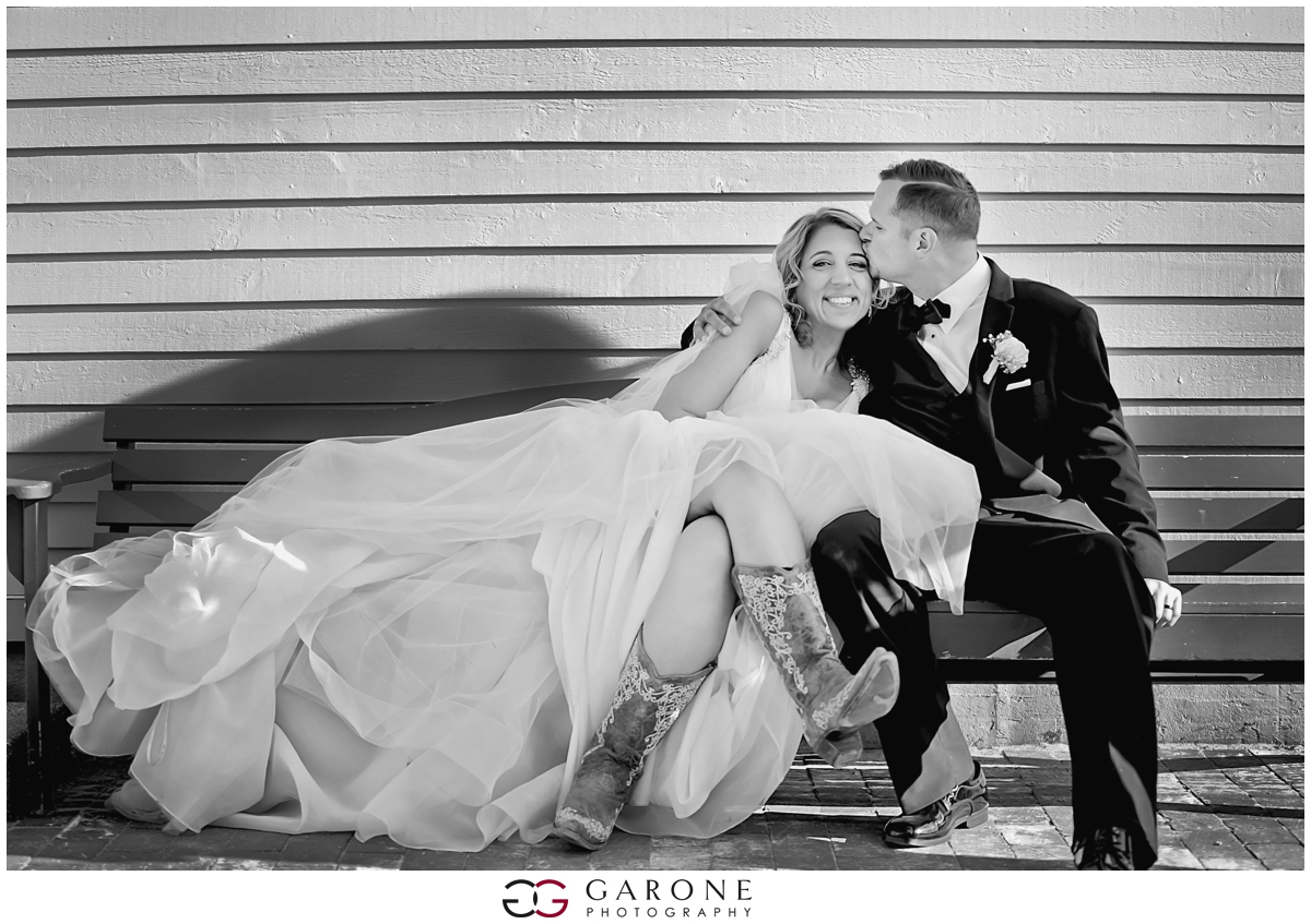 Chynna_Zac_Loon_Mountain_wedding_NH_Wedding_White_Mountian_wedding_Mountain_top_wedding_0021.jpg