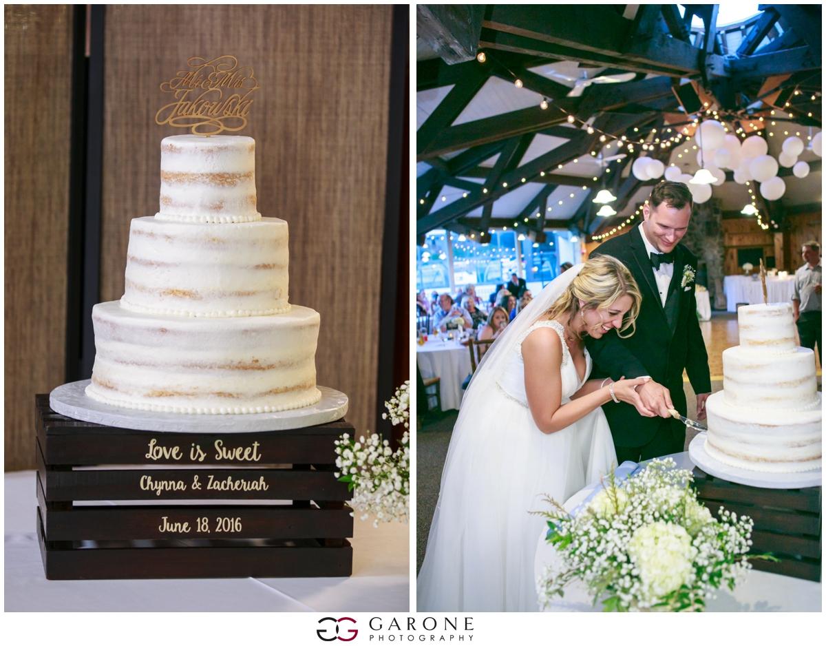 Chynna_Zac_Loon_Mountain_wedding_NH_Wedding_White_Mountian_wedding_Mountain_top_wedding_0027.jpg