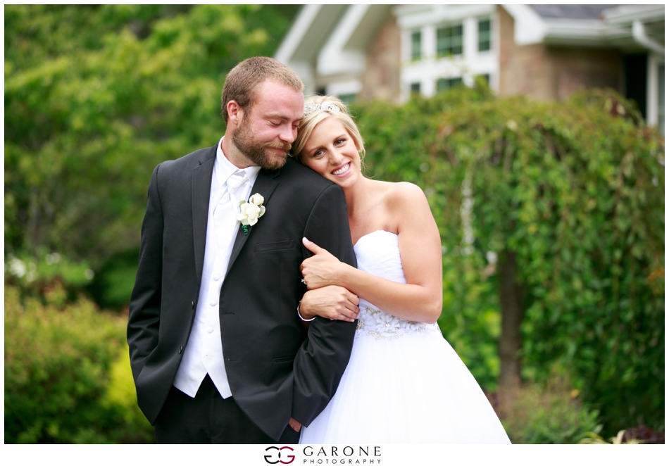 Aly_James_Elegant_Backyard_Wedding_Garone_Photography_NH-Wedding_Photographer_0127.jpg