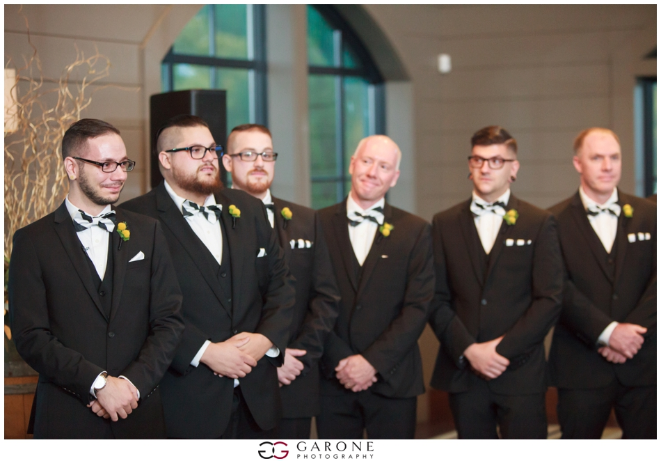Huss_Noe_Labelle_Winery_Wedding_NH_Wedding_Photography_Autumn_wedding_Foliage_Garone_Photography_0010.jpg