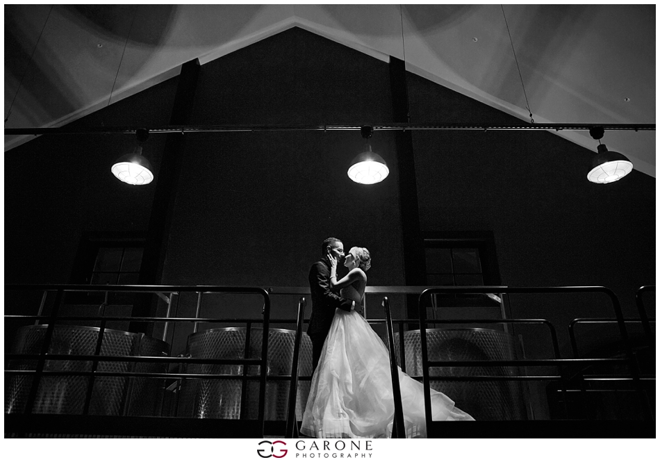 Huss_Noe_Labelle_Winery_Wedding_NH_Wedding_Photography_Autumn_wedding_Foliage_Garone_Photography_0016.jpg