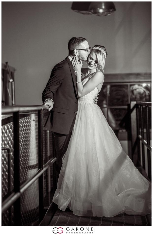 Huss_Noe_Labelle_Winery_Wedding_NH_Wedding_Photography_Autumn_wedding_Foliage_Garone_Photography_0019.jpg