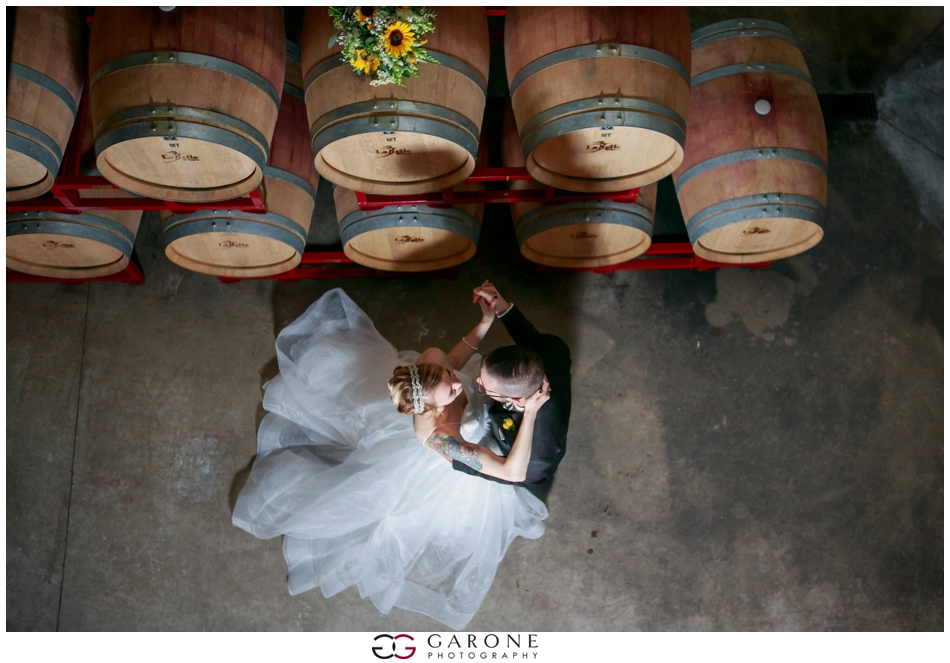 Huss_Noe_Labelle_Winery_Wedding_NH_Wedding_Photography_Autumn_wedding_Foliage_Garone_Photography_0031.jpg