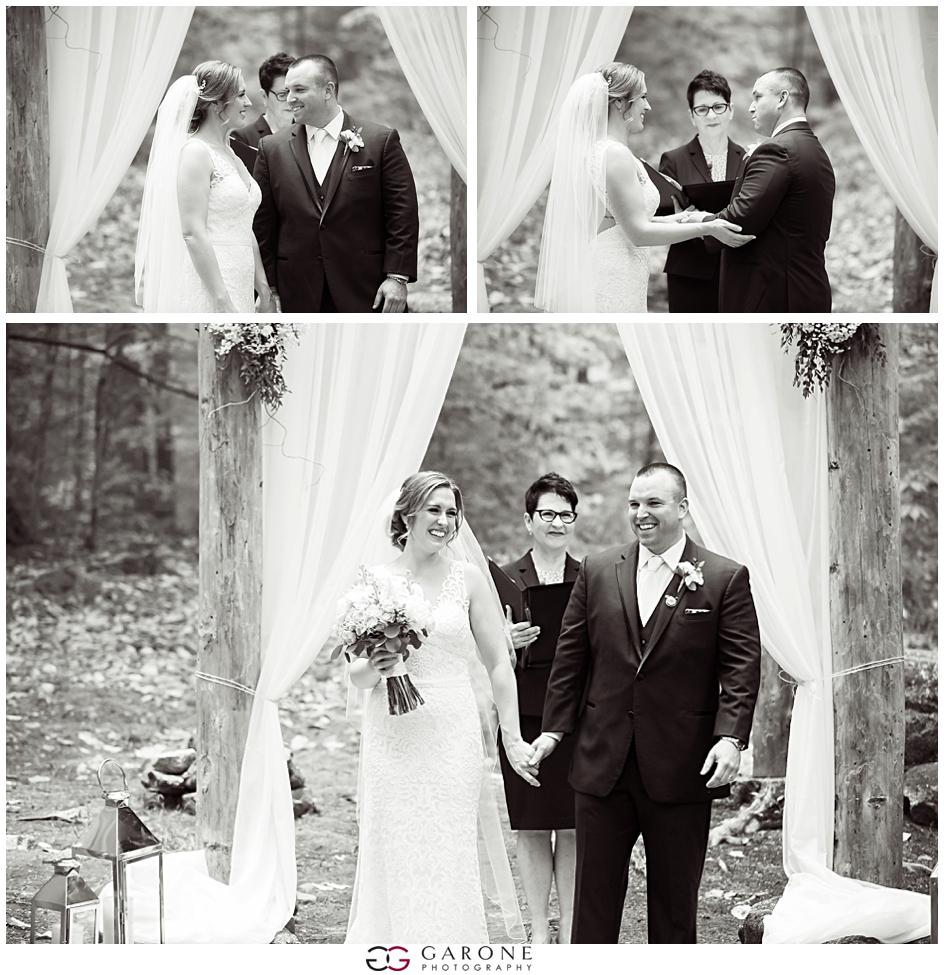 Cara_Matt_Hardy_Farm_Wedding_Garone_Photography_0020.jpg