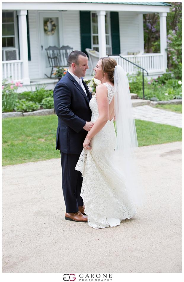 Cara_Matt_Hardy_Farm_Wedding_Garone_Photography_0022.jpg