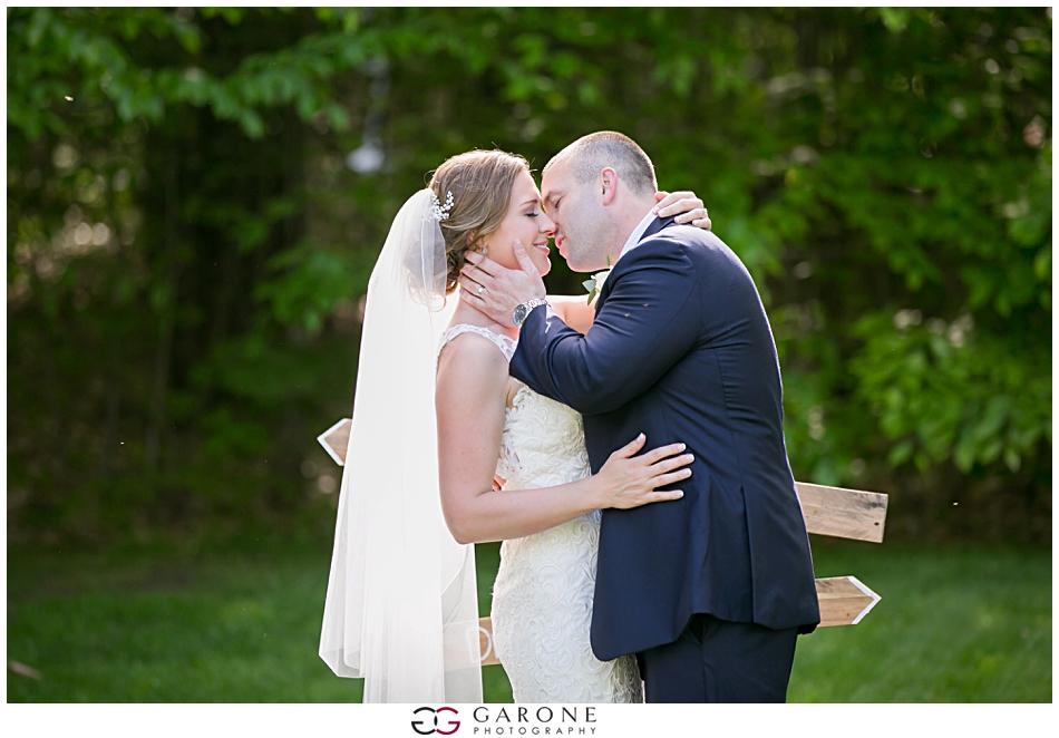 Cara_Matt_Hardy_Farm_Wedding_Garone_Photography_0027.jpg