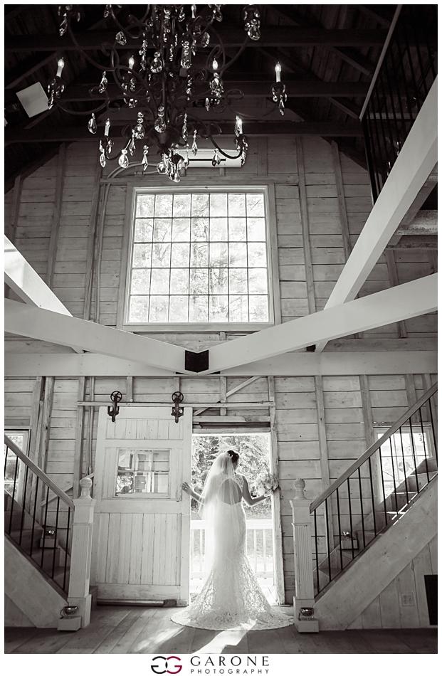 Cara_Matt_Hardy_Farm_Wedding_Garone_Photography_0030.jpg