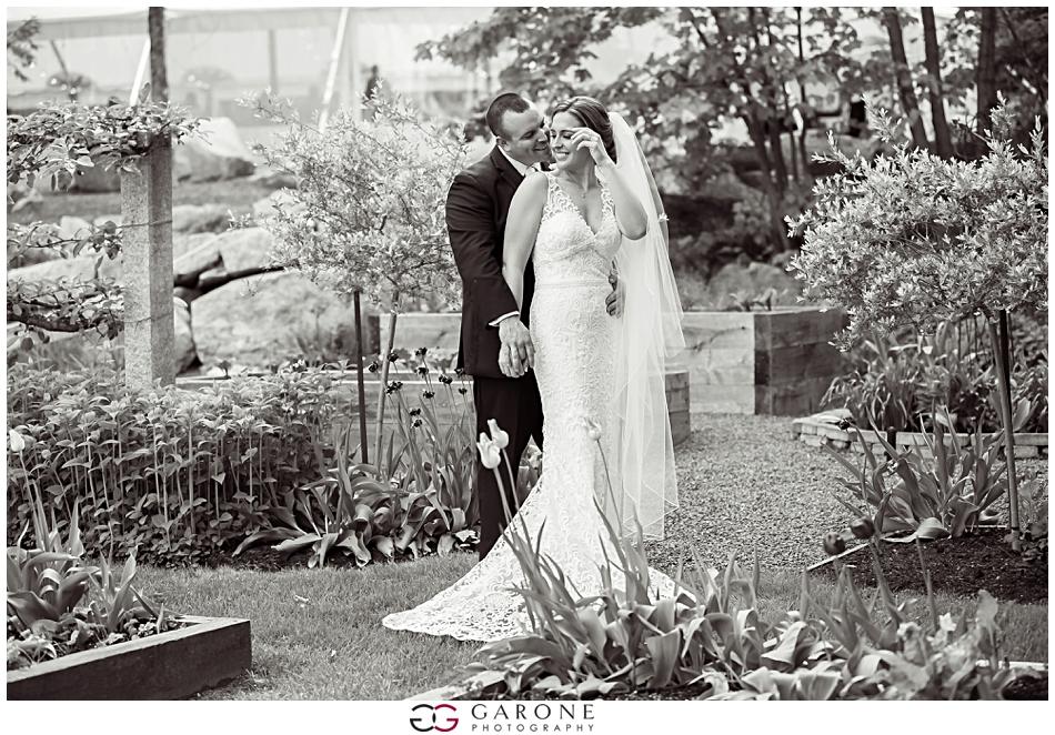 Cara_Matt_Hardy_Farm_Wedding_Garone_Photography_0031.jpg