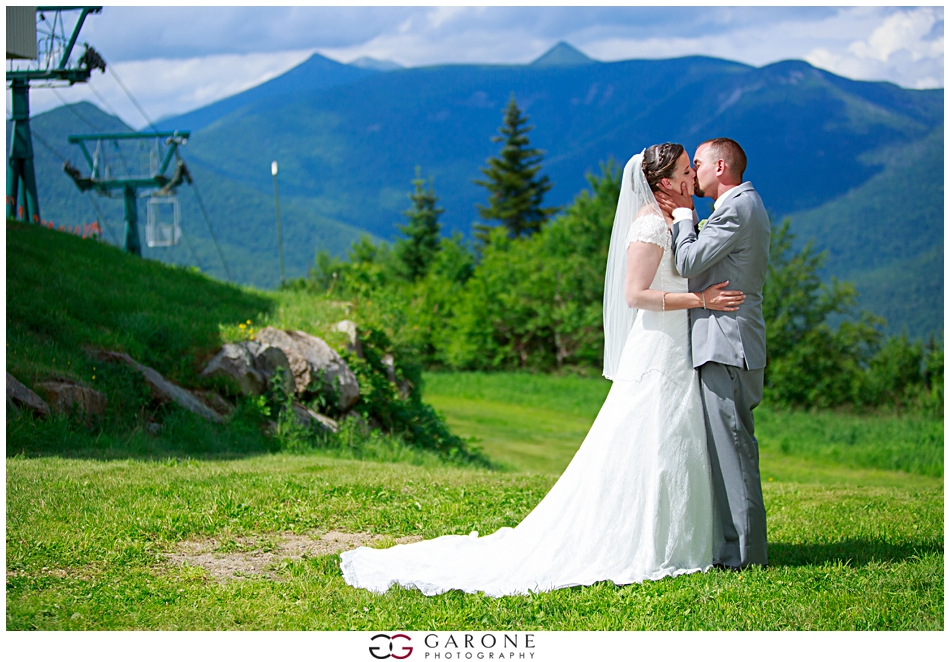 Christyn_Dustin_Loon_Mountain_Wedding_NH_Wedding_Photography_White_Mountain_Wedding_0023.jpg