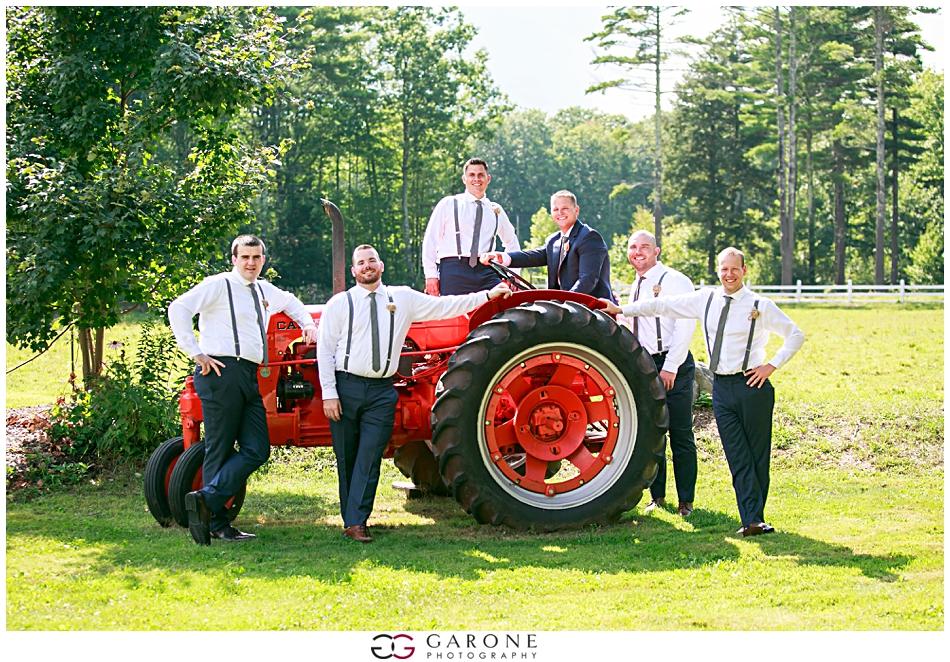 Lauren_Ian_Tumbledown_Farm_Wedding_Barn_Wedding_NH_Wedding_Photography_Garone_Photography_0015.jpg
