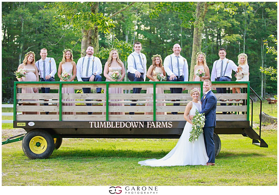 Lauren_Ian_Tumbledown_Farm_Wedding_Barn_Wedding_NH_Wedding_Photography_Garone_Photography_0016.jpg