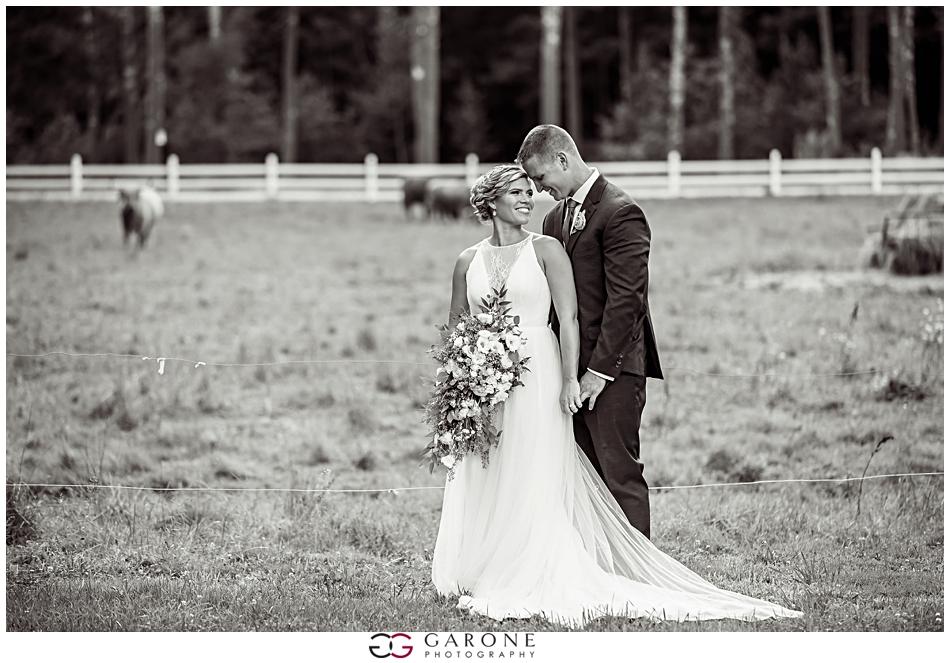 Lauren_Ian_Tumbledown_Farm_Wedding_Barn_Wedding_NH_Wedding_Photography_Garone_Photography_0021.jpg