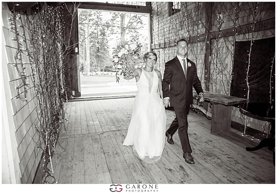 Lauren_Ian_Tumbledown_Farm_Wedding_Barn_Wedding_NH_Wedding_Photography_Garone_Photography_0026.jpg