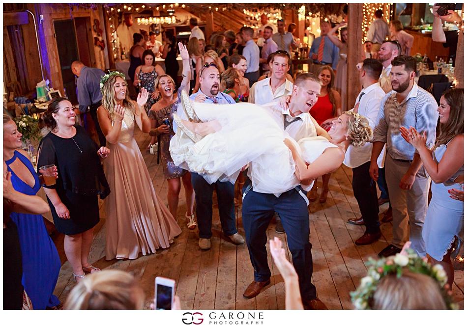 Lauren_Ian_Tumbledown_Farm_Wedding_Barn_Wedding_NH_Wedding_Photography_Garone_Photography_0035.jpg