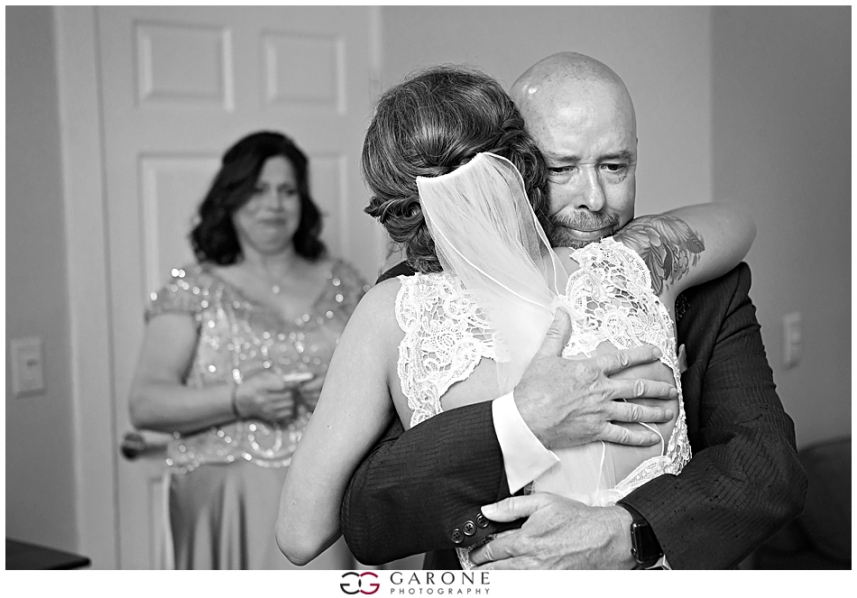 Sabrina_Jared_Flag_Hill_Winery_Wedding_NH_Wedding_Photographer_Garone_Photography_0034.jpg