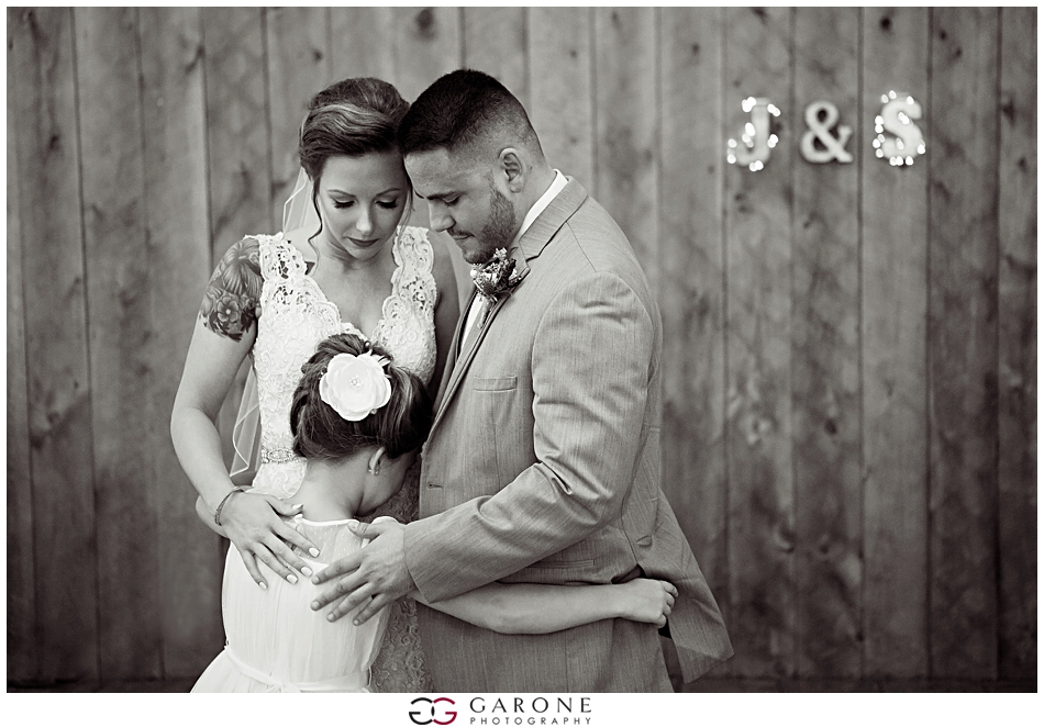 Sabrina_Jared_Flag_Hill_Winery_Wedding_NH_Wedding_Photographer_Garone_Photography_0038.jpg