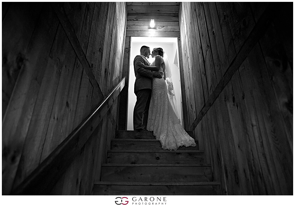 Sabrina_Jared_Flag_Hill_Winery_Wedding_NH_Wedding_Photographer_Garone_Photography_0041.jpg
