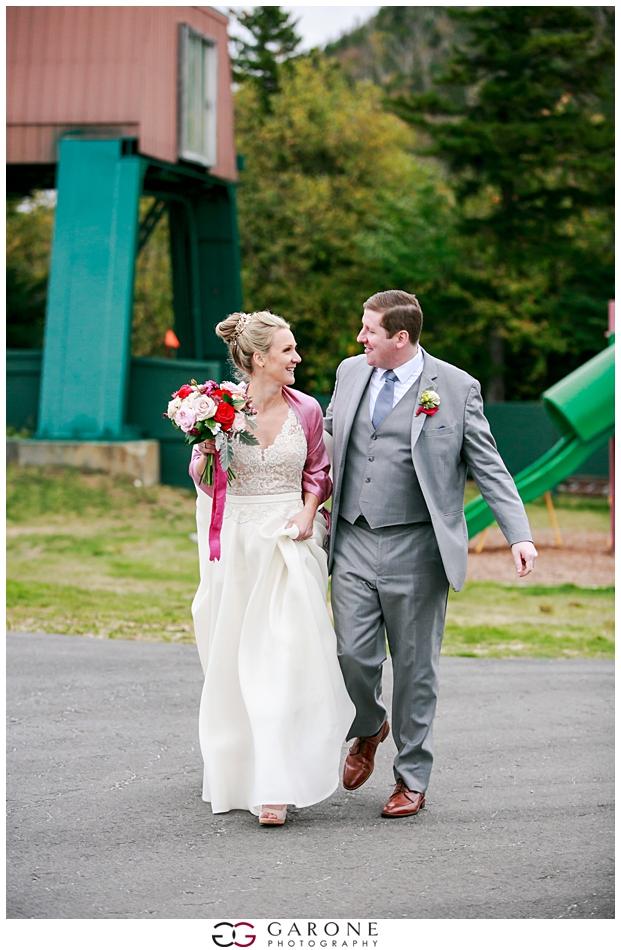 Katie_Peter_Loon_Mountain_Wedding_NH_Wedding_Photography_Garone_Photography_0018.jpg