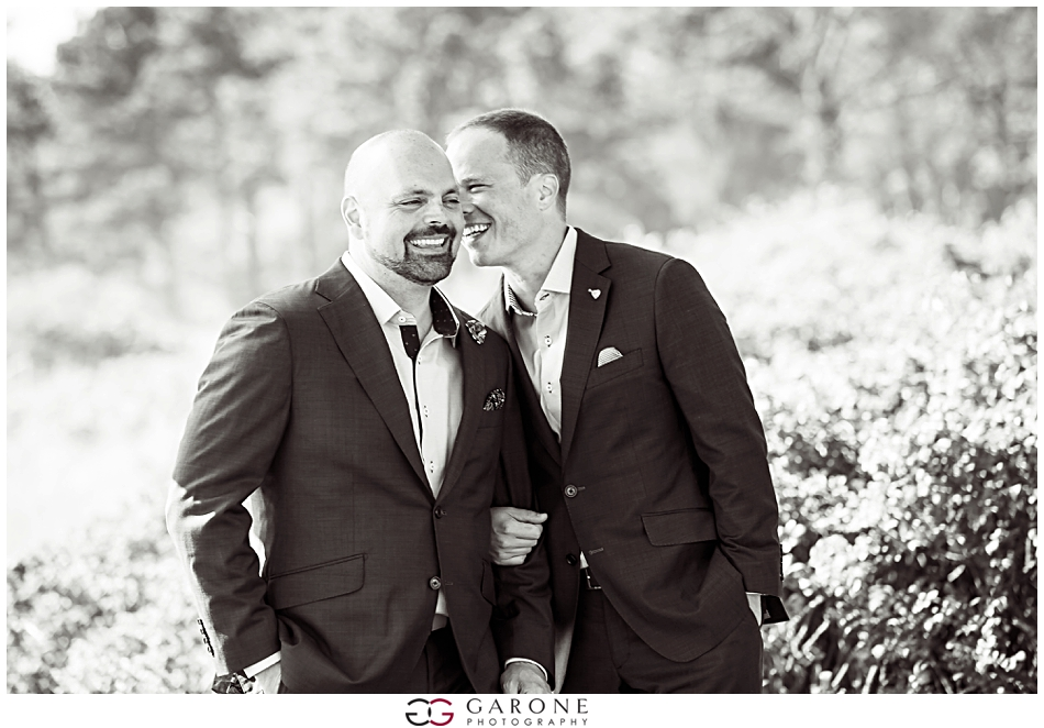 Scott_Bryant_Kennebunk_The_Big_House_Wedding_Two_grooms_0072.jpg