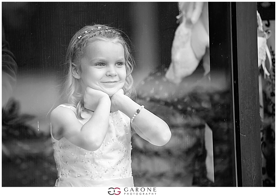 mary_jay_Center_of_NH_Holiday_inn_Manchester_NH_Wedding_Photography_Garone_Photography_0014.jpg