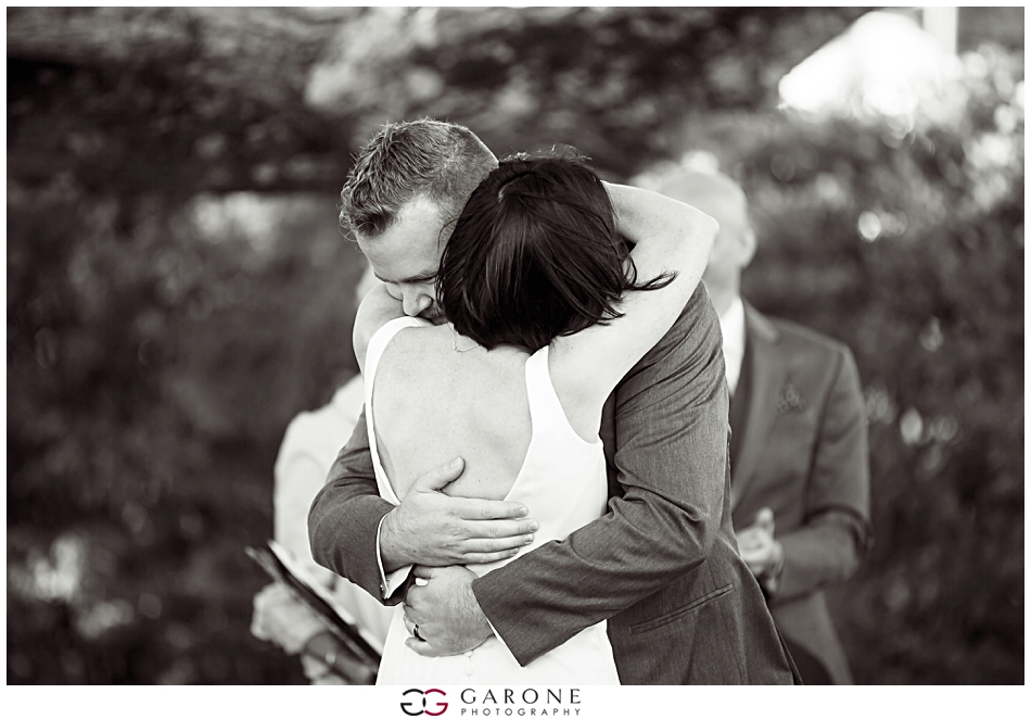 Stacy_Adam_Maine_Wedding_Photography_Outlook_red_barn_Autum_Foliage_Wedding_Garone_Photography_0030.jpg