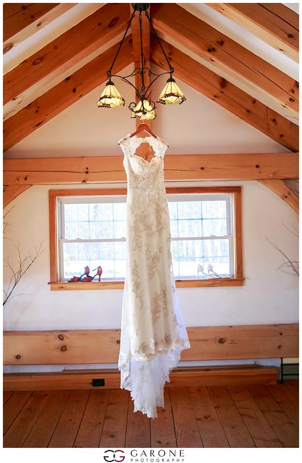 Katie_Dan_Winter_Wedding_Zorvino_Vineyard_Snowy_Wedding_NH_Wedding_Photographer_Garone_Photography_0004.jpg