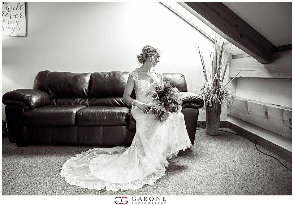 Katie_Dan_Winter_Wedding_Zorvino_Vineyard_Snowy_Wedding_NH_Wedding_Photographer_Garone_Photography_0006.jpg