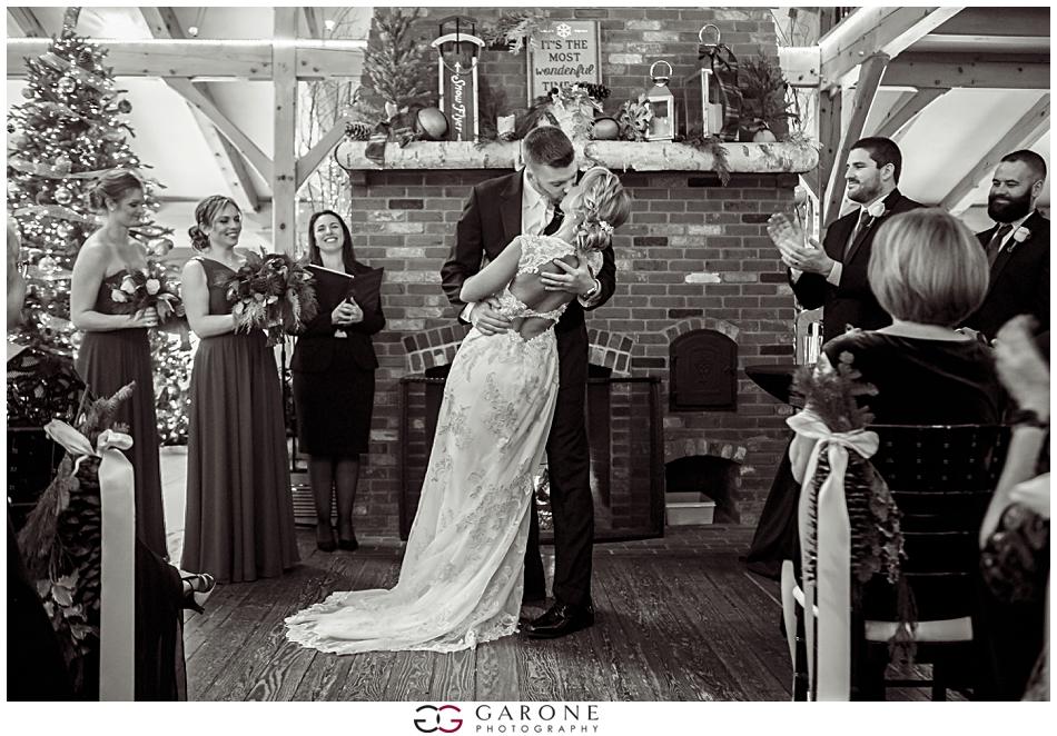 Katie_Dan_Winter_Wedding_Zorvino_Vineyard_Snowy_Wedding_NH_Wedding_Photographer_Garone_Photography_0011.jpg