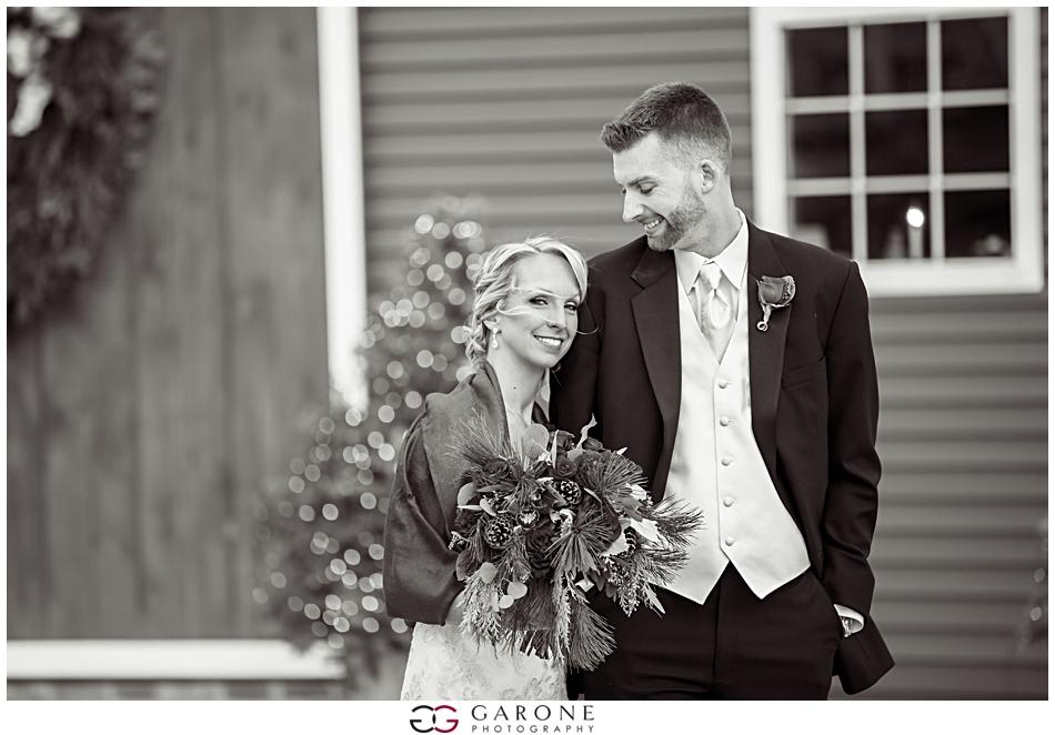 Katie_Dan_Winter_Wedding_Zorvino_Vineyard_Snowy_Wedding_NH_Wedding_Photographer_Garone_Photography_0024.jpg
