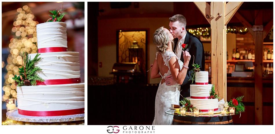 Katie_Dan_Winter_Wedding_Zorvino_Vineyard_Snowy_Wedding_NH_Wedding_Photographer_Garone_Photography_0031.jpg