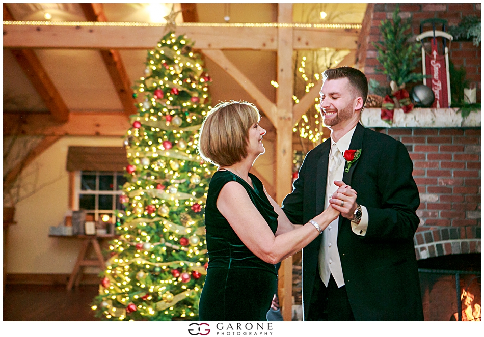 Katie_Dan_Winter_Wedding_Zorvino_Vineyard_Snowy_Wedding_NH_Wedding_Photographer_Garone_Photography_0033.jpg
