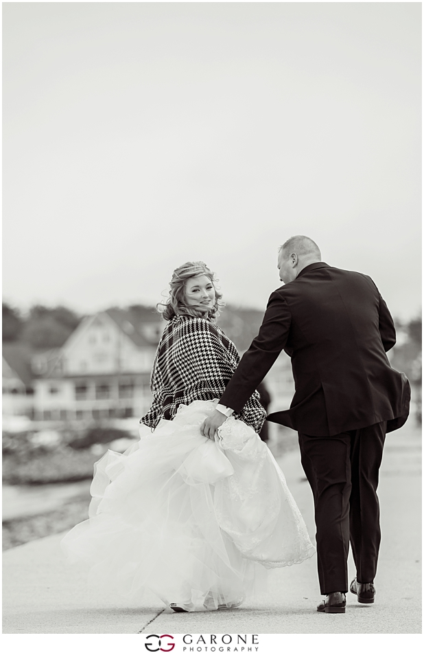 Erin_Daniel_Union_Bluff_Meeting_House_Winter_Wedding_Maine_wedding_photographer_Garone_Photography_0009.jpg