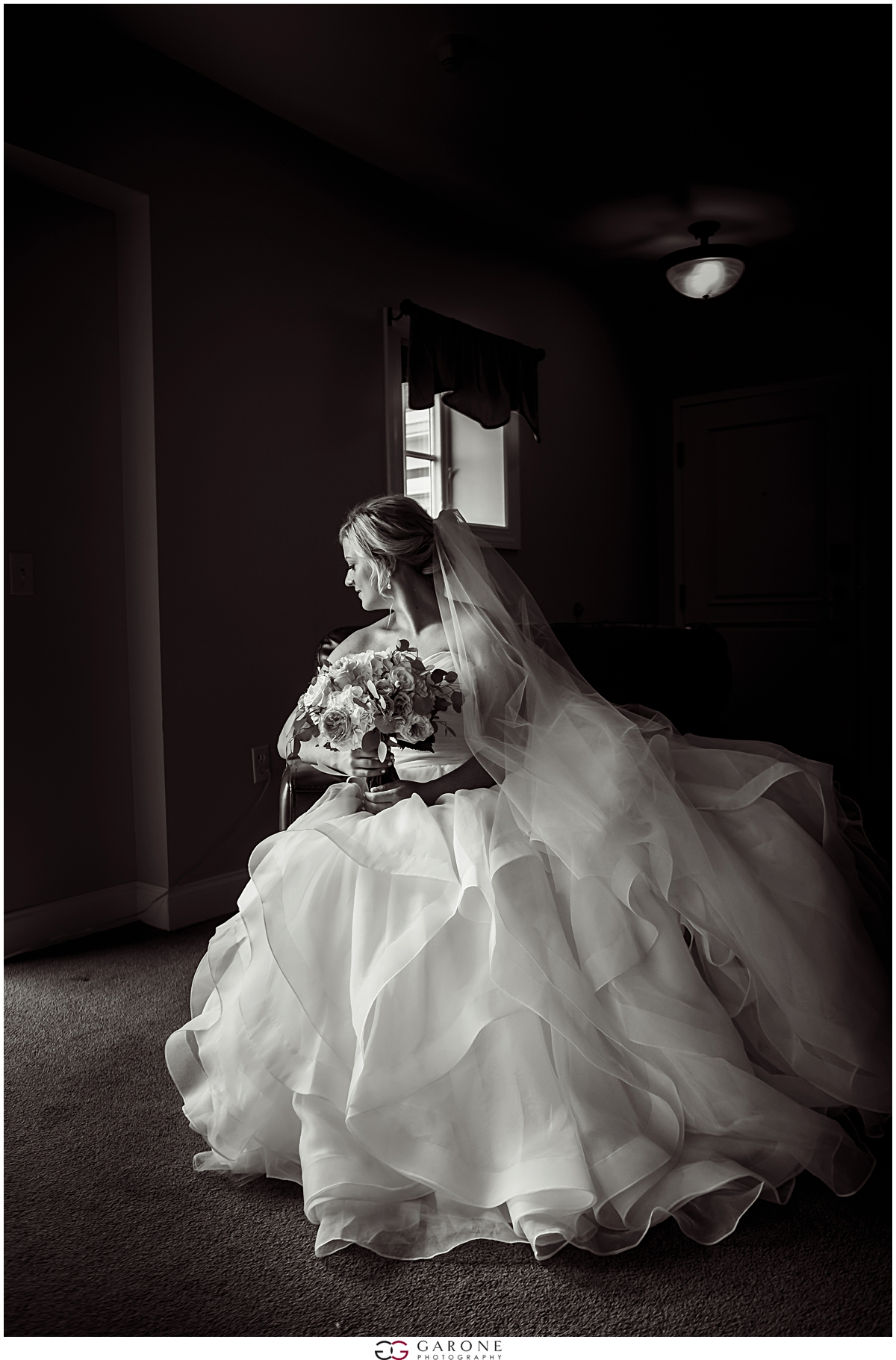 Union_Bluff_Hotel_York_Maine_Wedding_Photography_Beach_Wedding_0016.jpg
