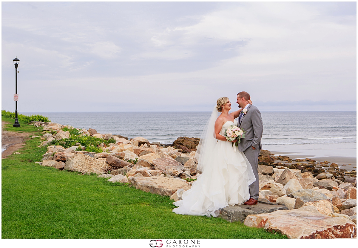 Union_Bluff_Hotel_York_Maine_Wedding_Photography_Beach_Wedding_0021.jpg