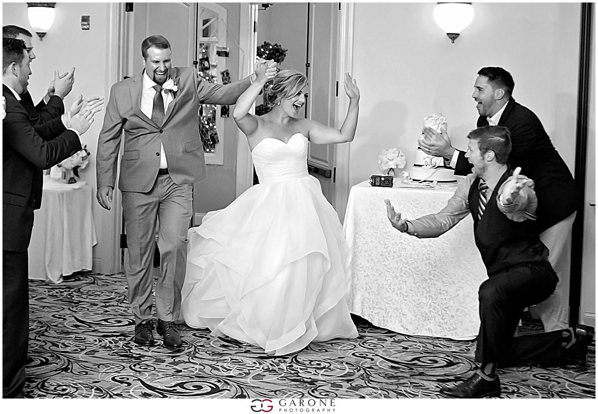 Union_Bluff_Hotel_York_Maine_Wedding_Photography_Beach_Wedding_0027.jpg
